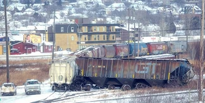 Railroaded CN derailment image thunder bay jan 10 2015